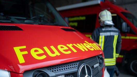 Schlimme Vorwürfe gegen einige Feuerwehrbeamte bei der Düsseldorfer Feuerwehr sind nun erhoben worden. (Symbolbild)