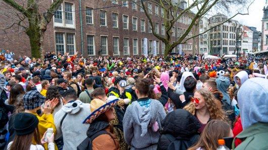 Eine Karnevals-Hochburg in NRW plant jetzt den Auftakt der Saison. (Symbolbild)