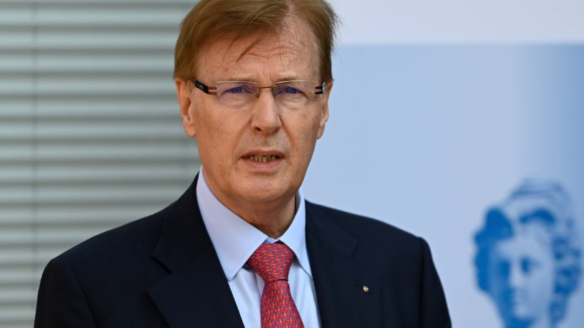 """Corona in NRW: Justizminister in Quarantäne ++ Laschet warnt – """"Werden sehr, sehr harte Wochen"""""""