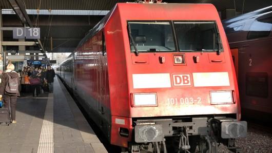 Eine Ticketkontrolle ist am Hauptbahnhof Düsseldorf völlig aus dem Ruder gelaufen. (Symbolfoto)