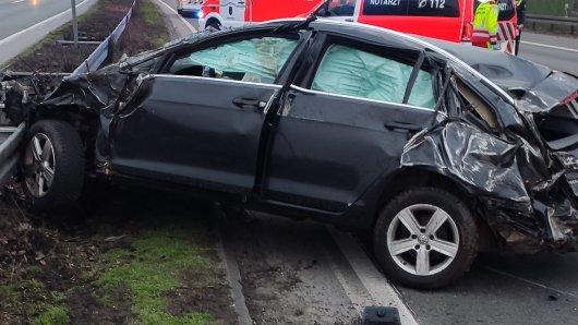 Ein Auto hatte sich auf der A2 in NRW überschlagen, der Fahrer wurde schwer verletzt.