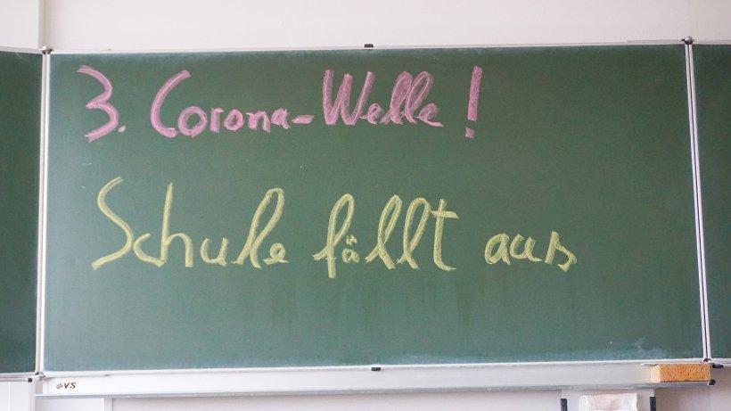 Corona-in-NRW-HIER-findet-vorerst-kein-Wechselunterricht-statt