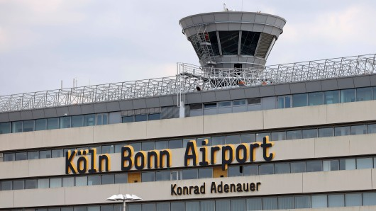 Am Flughafen Köln/Bonn sorgte eine technische Panne für Chaos.