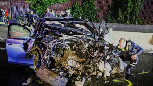 Auf der A46 in Hagen hat sich ein furchtbarer Unfall ereignet. War es ein illegales Autorennen?