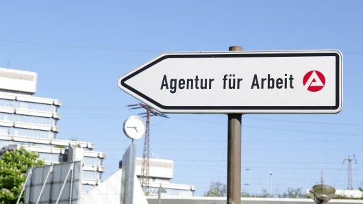 Corona in NRW: Die Landesregierung will bald auch in Jobcentern Angebote für Impfungen bereitstellen. (Symbolbild)