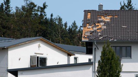 Sturm in NRW: Schäden werden oft von der Versicherung übernommen. (Symbolbild)