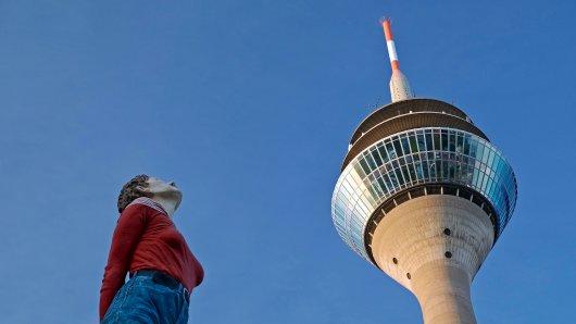 Düsseldorf: Um diese Luxus-Wohnung bezahlen zu können, musst du dich ganz schön strecken. (Symbolbild)