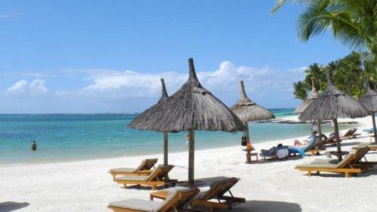 Traumziel Mauritius: Der Indische Ozean ist im Moment angenehm warm zum Baden.