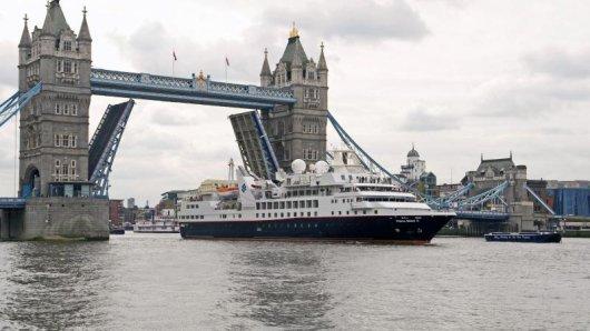 Die Prince Albert II der Reederei Silversea Cruises in London.