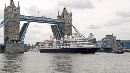 Die Prince Albert II der Reederei Silversea Cruises in London.
