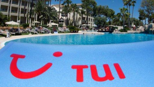 Reiseveranstalter Tui schafft ausgedruckte Tickets ab.
