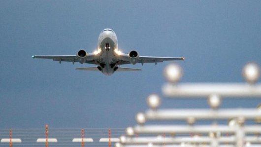 Im neuen Jahr weiten einige Airlines ihr Angebot aus. Die niederländische Airline etwa fliegt neue Ziele in Westafrika an.