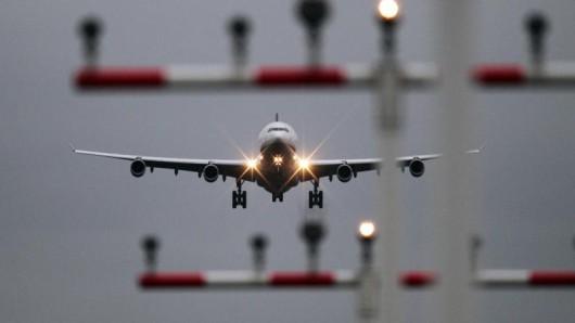 Die Flugzeuge von Easyjet, Sun Express und Germania steuern ab Frühjahr 2017 weitere Ziele an.