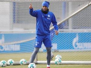 Wieder im Schalke-Mannschaftstraining: Naldo.