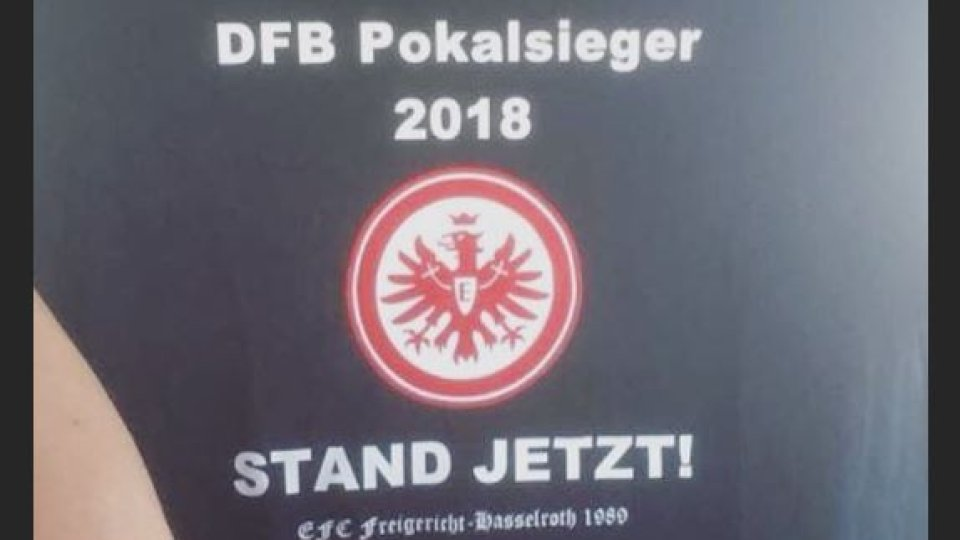Fc Schalke 04 Eintracht Frankfurt Diese Shirts Werden Zum