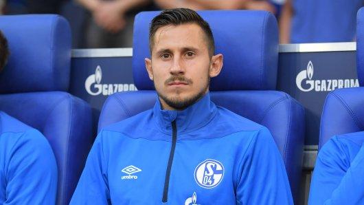 Beim FC Schalke 04 wartet Steven Skrzybski noch auf seine ersten Pflichtspielminuten.