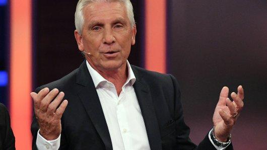 Schalke-Legende Klaus Fischer stärkt Domenico Tedesco den Rücken.