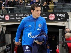 Sebastian Rudy vom FC Schalke 04 kritisisert die Rotation unter Trainer Tedesco. Er sitzt häufig nur auf der Bank.