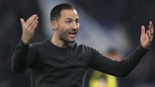 Schalke-Coach Domenico Tedesco steht in der Kritik.