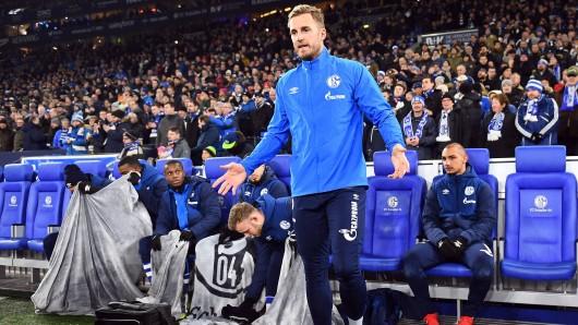 Vor dem Spiel Schalke - Wolfsburg fragte Ralf Fährmann die Pressefotografen sinngemäß: Was wollt ihr von mir?