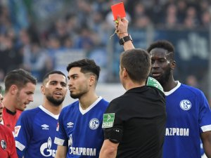 Der FC Schalke 04 muss drei Wochen lang auf Suat Serdar verzichten.