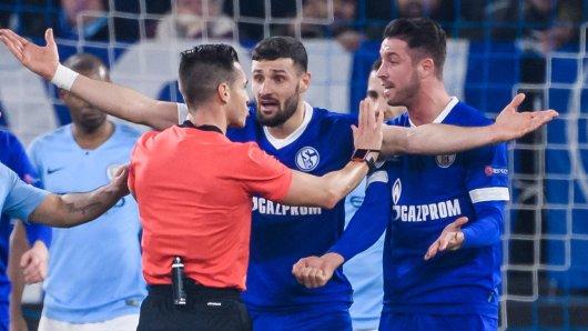 Im Spiel zwischen dem FC Schalke 04 und Manchester City wurde der Videobeweis mal wieder zum großen Thema.