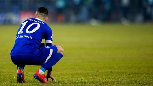 Schalke plant finanziell schon für Liga 2. Der Verein musste Lizenzanträge einreichen.