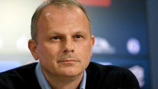 Hat Jochen Schneider einen den neuen Sportdirektor an der Angel?