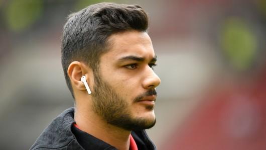 Der FC Schalke 04 will Ozan Kabak – doch der ist heiß umworben.