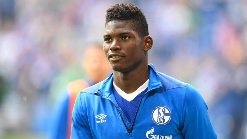 Der Wechsel von Breel Embolo von Schalke 04 zu Borussia Mönchengladbach soll noch am Mittwoch eingetütet werden.
