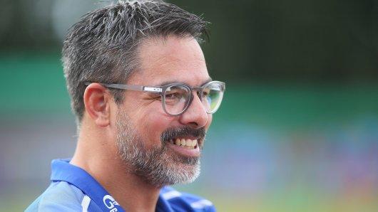David Wagner, Trainer des FC Schalke 04, darf bald wieder mit Ozan Kabak planen.