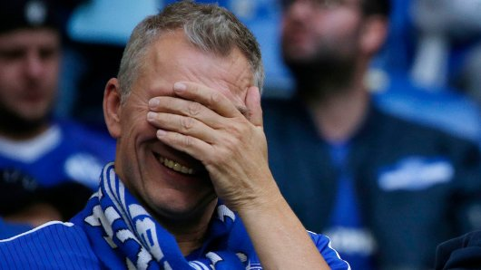 Die Fans des FC Schalke 04 lachen sich über ein Foto schlapp, das derzeit durchs Netz geistert. (Symbolfoto)