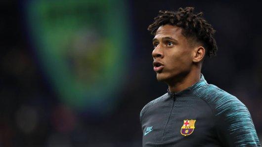 Jean-Clair Todibo läuft in Zukunft für den FC Schalke 04 auf.