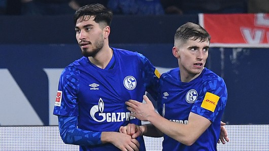 Jonjoe Kenny wird dem FC Schalke 04 in Berlin fehlen.