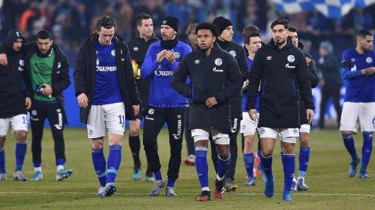 Die Profis des FC Schalke 04 verzichten auf einen Teil ihres Gehalts.