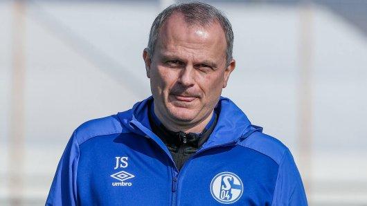Sportvorstand Jochen Schneider und der FC Schalke 04 stehen vor riesigen Herausforderungen.