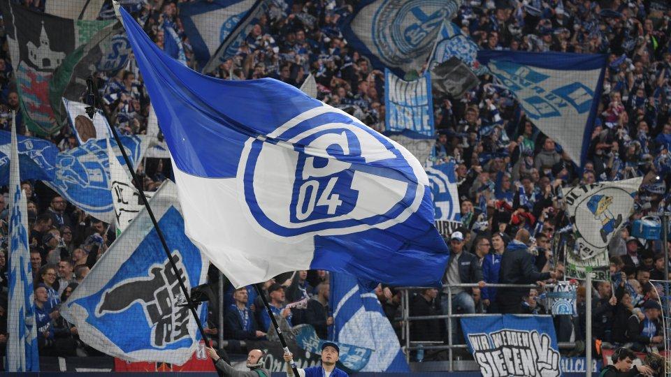 Ultras des FC Schalke 04 starten in der Corona-Krise einige Hilfsaktionen.