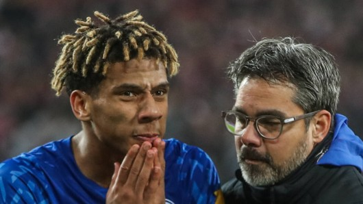 Der späte Wechsel von Todibo sorgte bei den FC Schalke 04 Fans für Unverständnis.