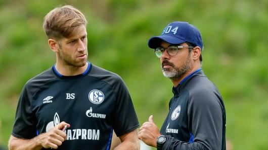 Der FC Schalke 04 hat Athletiktrainer Bob Schoos (l.) und seinen Kollegen Klaus Luisser entlassen.
