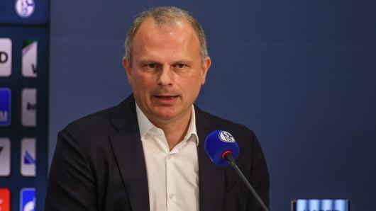 Jochen Schneider vom FC Schalke 04 war zu Gast im Doppelpass.