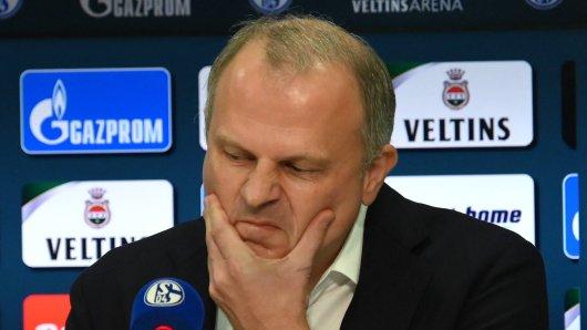 Jochen Schneider hat verraten, wie schwierig die Planung des FC Schalke 04 wirklich ist.