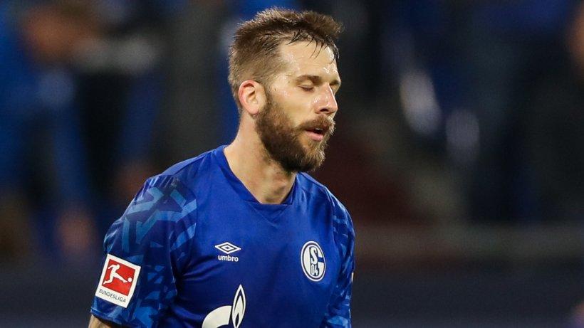 """FC Schalke 04: Burgstaller spricht von Abschied – """"Schnell vom Helden zum Buhmann"""""""
