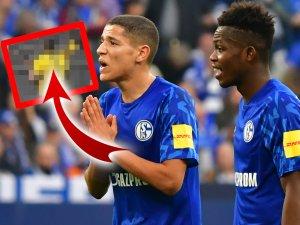 Beim FC Schalke 04 hat Rabbi Matondo (r.) reichlich Fan-Ärger am Hals.