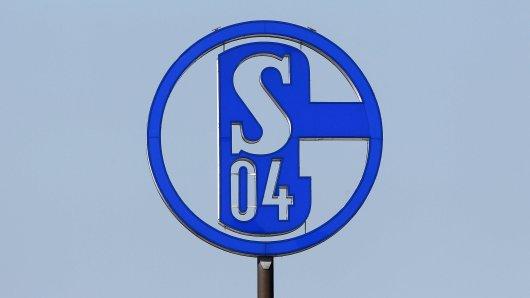 FC Schalke 04 meldet einen positiven Corona-Fall.