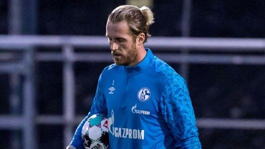 Ralf Fährmann muss bei Schalke 04 wieder auf die Bank.
