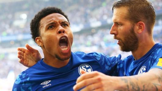 Ex-Schalke-Star Weston McKennie feiert den Sieg ganz besonders.