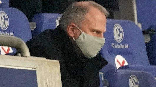 Der FC Schalke 04 dementiert das Aus von Jochen Schneider.