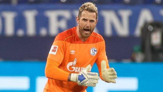 Schalke-Keeper Ralf Fährmann war beim Friseur!