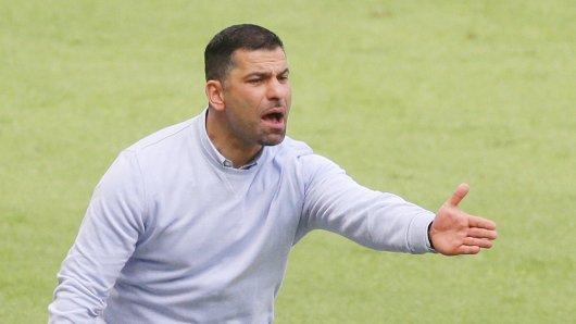 Dimitrios Grammozis weiß um die Pflicht des FC Schalke 04 gegen Berlin.