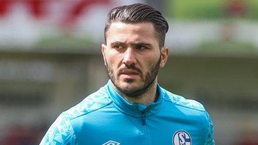 Ein Verbleib beim FC Schalke 04 war aussichtslos. Nun hat Sead Kolasinac offenbar einen neuen Klub gefunden.